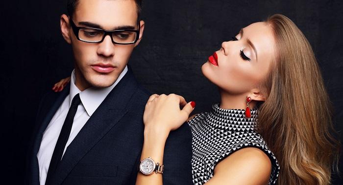 shop đồng hồ nữ đẹp nắm bắt tốt tâm lý khách hàng 1